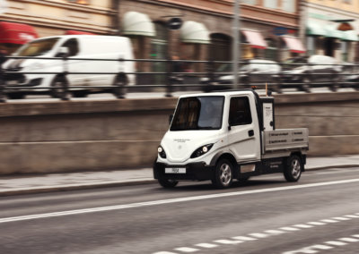 Inzile Pro4 electrical work vehicles for smart citys